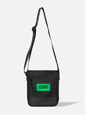 [A PRECIOUS MOMENT &P!CK] IZRO CROSS BAG